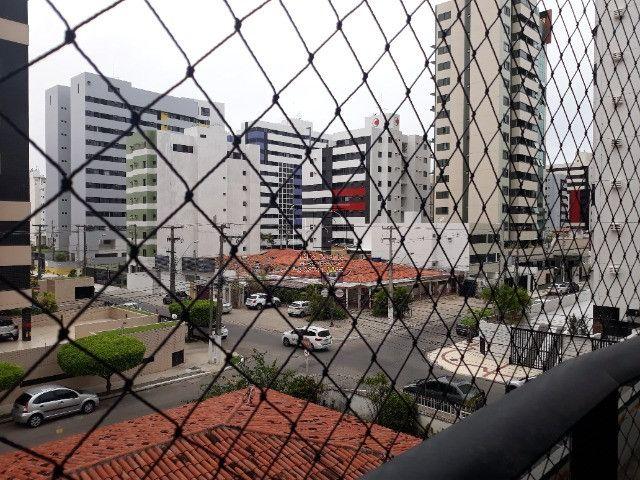 Vendo Apto na Ponta Verde - Edf Evilásio Correia - Foto 11