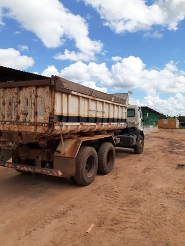 Carregadeira Maxloader, Ford cargo e Fuscao  - Foto 2