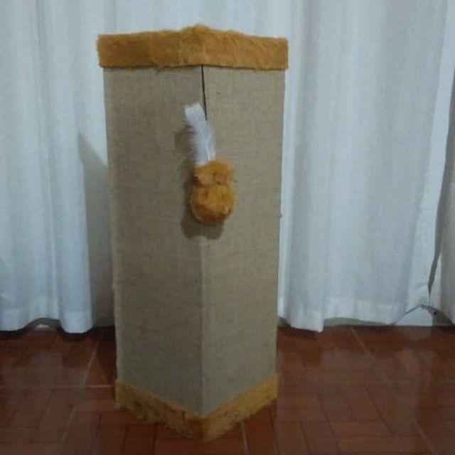 Protetor canto sofá com tela dupla, bordas caramelo - Foto 4