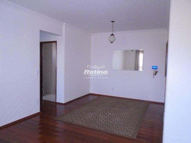 Apartamento à venda, 3 quartos, 1 suíte, 1 vaga, Nossa Senhora Aparecida - Uberlândia/MG - Foto 4