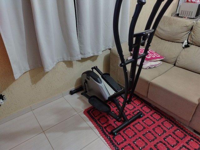 Bicicleta elíptica domyos essential 800 reais - Foto 3