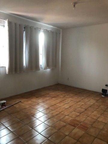 Alugo Amplo apartamento montese - Foto 5