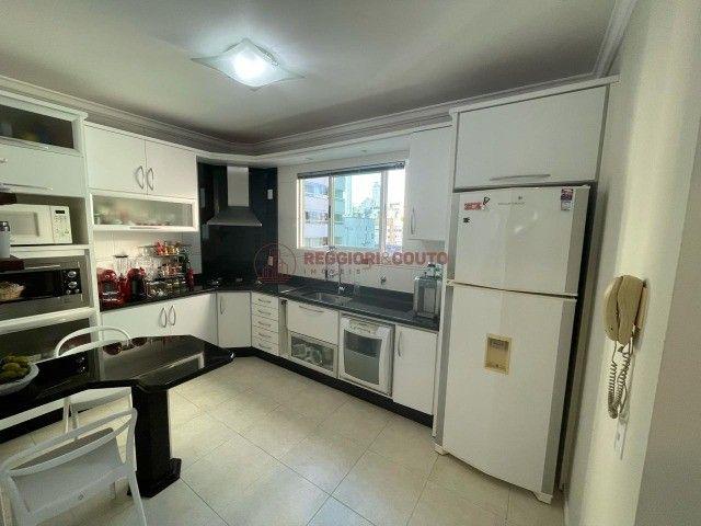 Apartamento a Venda no Centro de Balneário Camboriú  - Foto 8