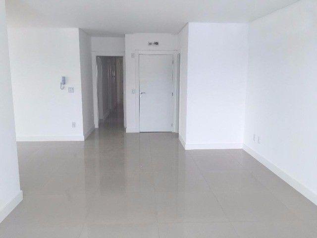 Apartamento com 04 suítes (02 demi), 154,80m², Barra Sul, Balneário Camboriú/SC - Foto 8