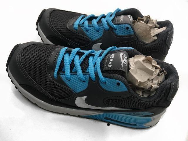 ... Tênis Nike Air Max 90 Infantil Cinza azul Importado Novo - Artigos ...  bf144bfcd600e3 ... 8194b7fdc68f4