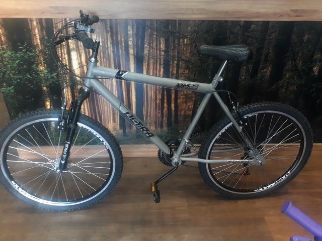 Bicicleta Aro 26 Cinza Fosco Suspensao