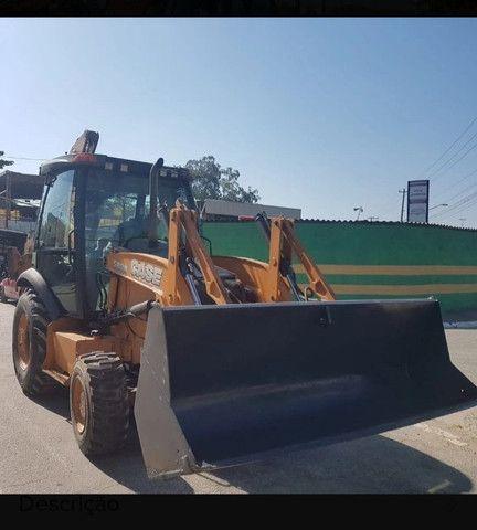 Retro Escavadeira Case 580n 4x4