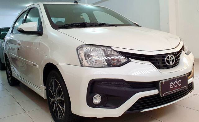 Etios Sedan Platinum 2017 - Foto 3