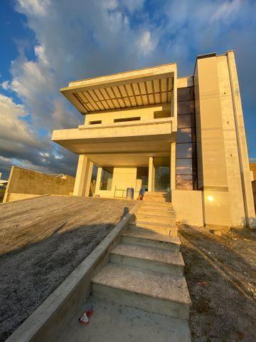 Belíssima casa com 4 suítes no Alphaville Mirante