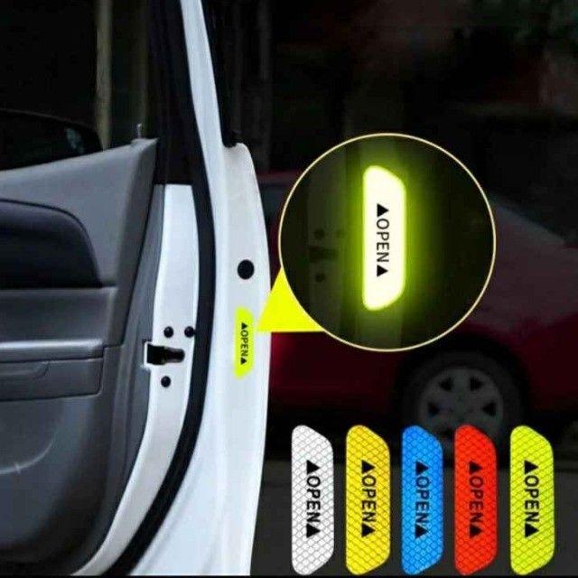 Adesivo de Carro e Bike 4unid Refletivo luminoso Etiqueta Chama Atenção