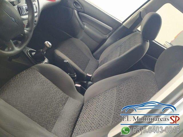 Ford Focus Sedan 1.6/1.6 Flex 8V/16V 4p Mec. - Foto 7