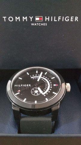 Relógio TOMMY HILFIGER.  - Foto 4