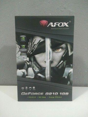 Placa de Video Geforce G210 1GB Dedicado DDR3