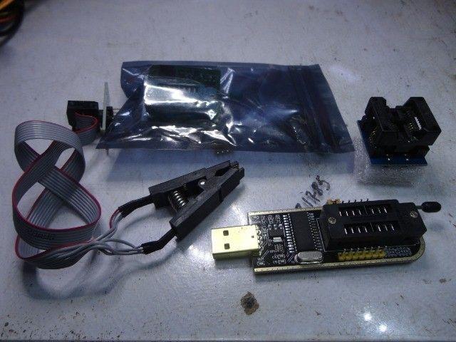 Gravador Ch341a Pró +Garra Jacaré e Adaptadores 200mil +1.8v Clipe - Foto 3