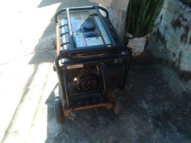 Vendo um gerador semi-novo tel * - Foto 3