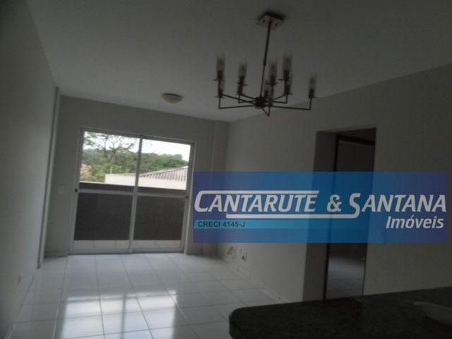 LOCAÇÃO | Apartamento, com 2 quartos em Zona 08, Maringá