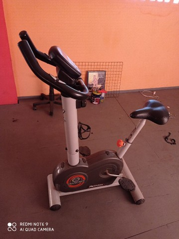 Vendo bicicleta ergométrica - Foto 2