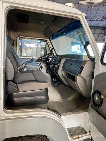 Caminhão Volkswagen 5.140 muito novo  - Foto 8