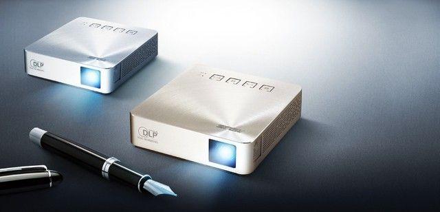Projetor LED portátil Asus S1