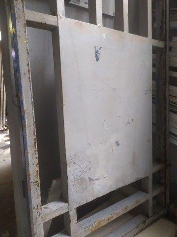 Portão de ferro 2.31x76 (REFORÇADO 5cm o Metalon) - Foto 4