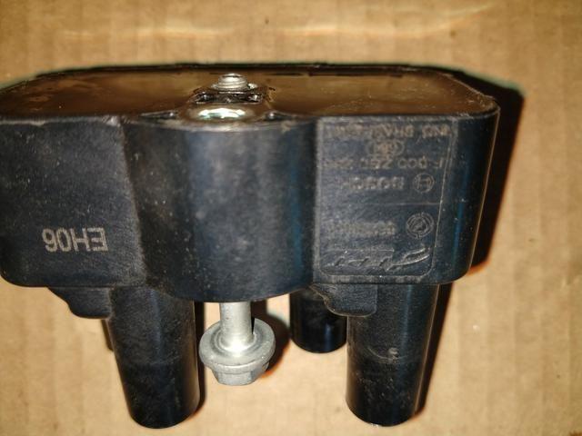 Bobina Bosch Fiat Etorque 1.8 Original - Foto 2