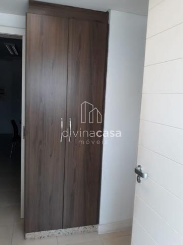 Lindo apartamento semi mobiliado, suite master mais duas suítes, em ótima localização! - Foto 18
