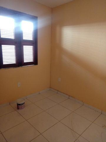 Alugo Apartamento na Rua Samuel Uchoa, em frente ao mercantil - Foto 8