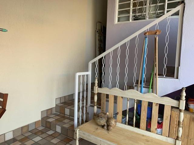DA ótima casa em Itaúna com barracão nos fundos - Foto 10