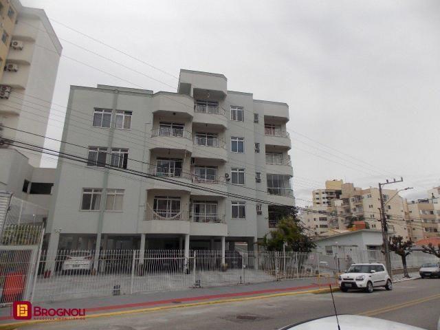 Apartamento à venda com 3 dormitórios em Estreito, Florianópolis cod:A18-37290
