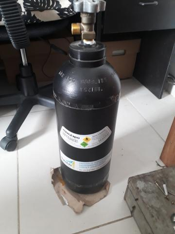 Cilindro oxigênio 1m
