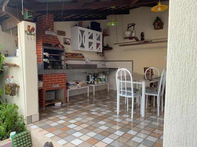 DA ótima casa em Itaúna com barracão nos fundos - Foto 13