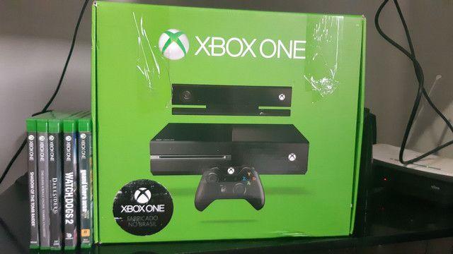 Xbox One Original  +19 jogos + kinect + 2 controles + headphones tudo no original - Foto 2