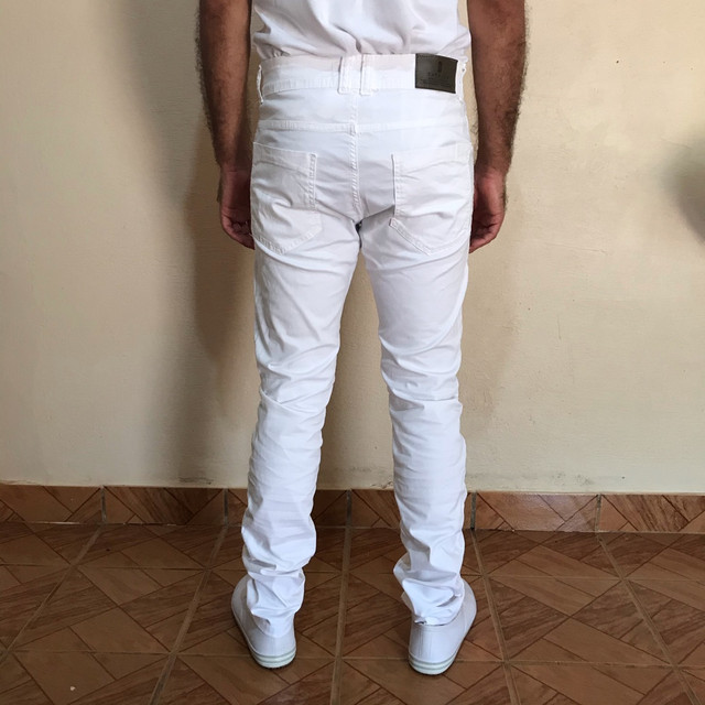 Calça branca jeans slim n 42 - Foto 3