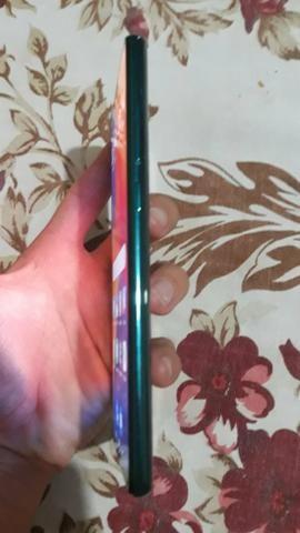 Troco xiaomi 8 pro 128 GB .1 mês de uso em outro celular mas barato