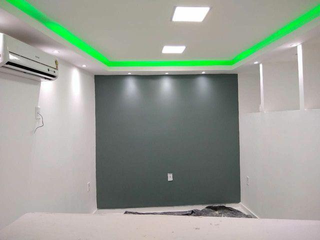 Rebaixamento de teto, divisórias e móveis planejados em drywall