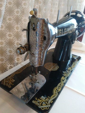 Máquina de costura Elgin antiguidade, relíquia - Foto 4