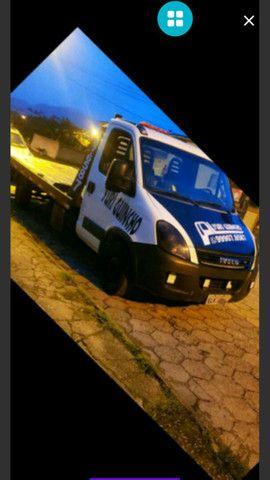 Vendo caminhão Guincho iveco - Foto 3