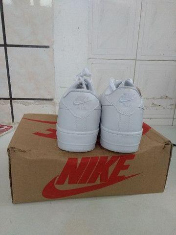 Vendo tênis Nike  original e na caixa. - Foto 4