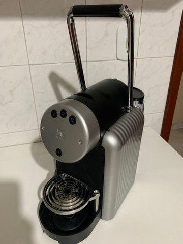 Máquina de Café Nespresso Zenius Profissional - Foto 2