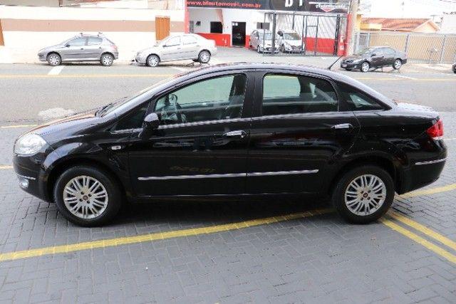 Fiat Linea 1.8 Essence flex manual 2012 preto, lindo! periciado. - Foto 16