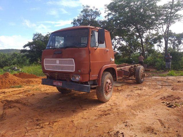 Vendo caminhão no Chassi Fiat 120 1980 - Foto 2