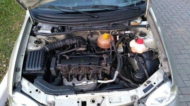 Chevrolet clássic (direção ar) - Foto 11
