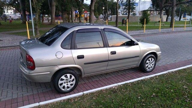 Chevrolet clássic (direção ar) - Foto 2