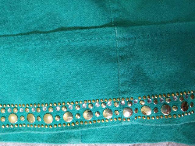 Short Verde cintura alta com detalhes em strass - Foto 3