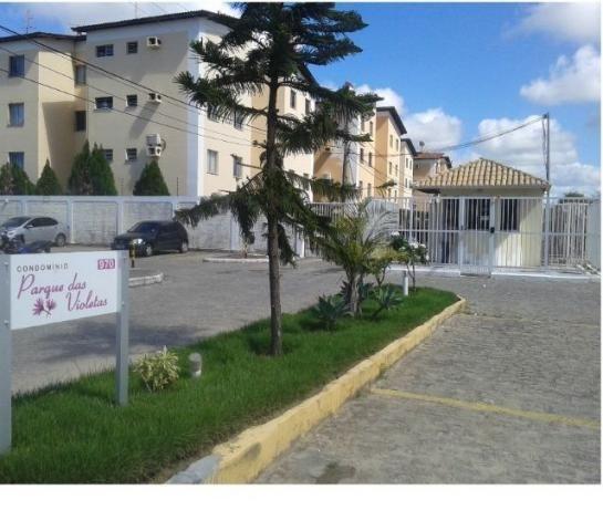 Apto. com cerca de 50 m2, com 2 quartos, localizado no Cond. Parque das Violetas - Aracaju