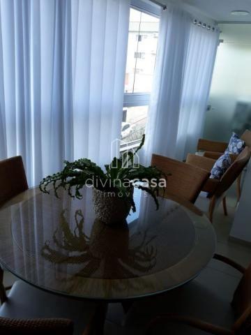 Lindo apartamento semi mobiliado, suite master mais duas suítes, em ótima localização! - Foto 8