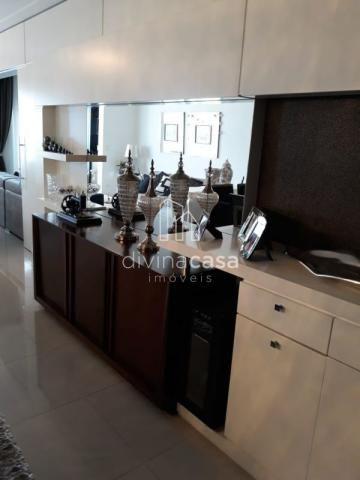 Lindo apartamento semi mobiliado, suite master mais duas suítes, em ótima localização! - Foto 5