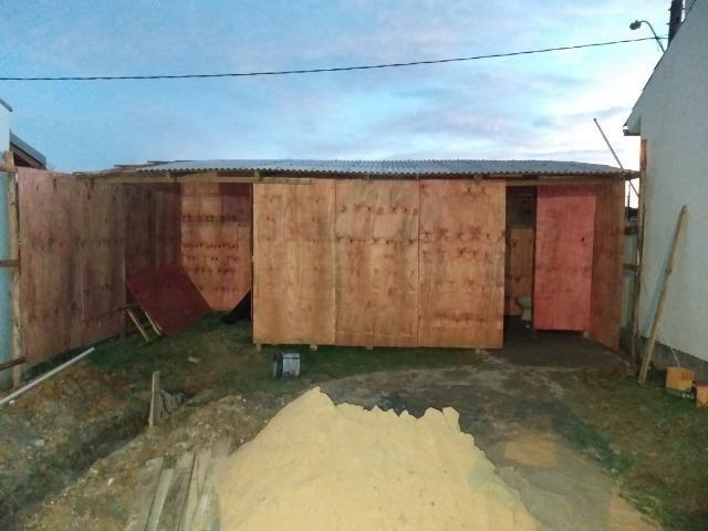 Material para barraco de construção