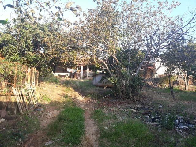 Vendo um lote com uma casa no cond jk atraz do areal 800mt2 390 mil