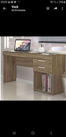 Mesa para escritório na caixa Nova desmontada